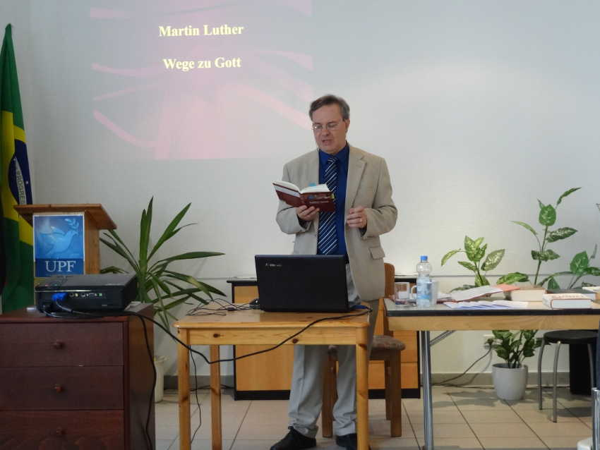 Christian Haubold, a teacher of history and Protestant theology, speaks about Martin Luther at a UPF event in Bonn, Germany.